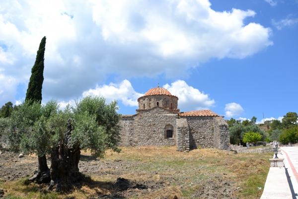 Thari,Rhodes,Monastère