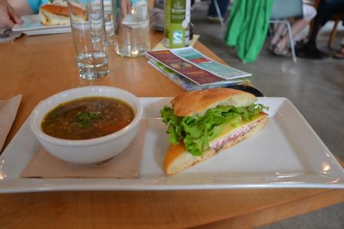 montréal,voyage,cité,canada,repas,sandwich,restaurant,soup' soupe